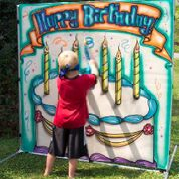 Birthday Cake Frame Game