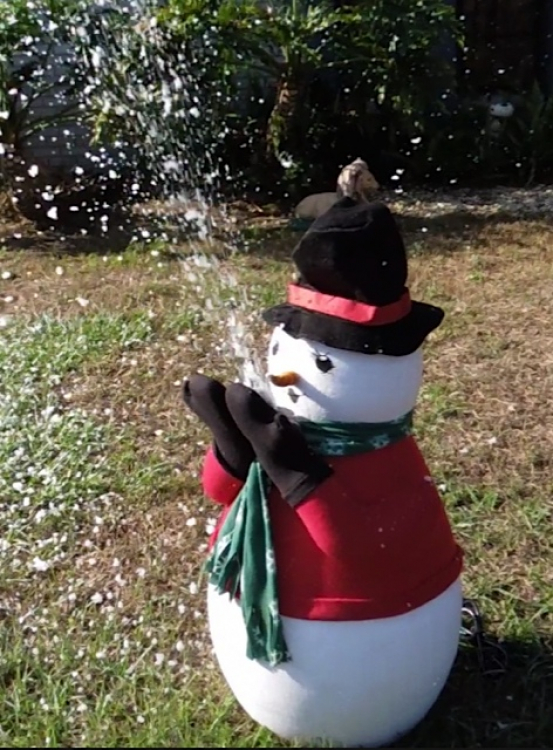 Snowman Snow Machine